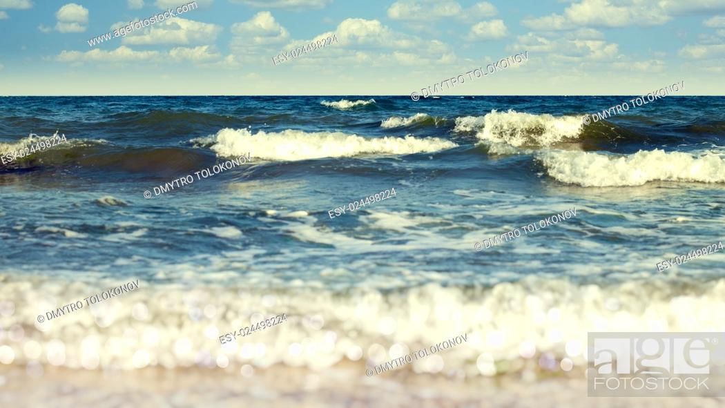 Stock Photo: Abstract vacation backgrounds with coast line, sea waves and beauty bokeh.