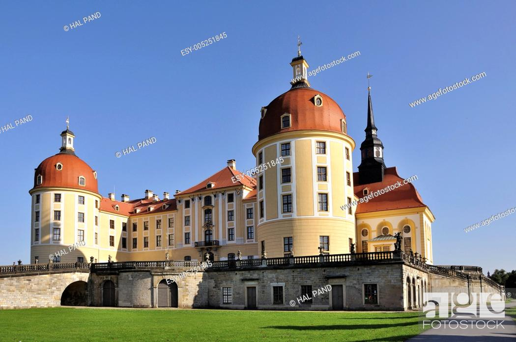 Stock Photo: view from north of the famous baroque castle in the sourronding of dresden.
