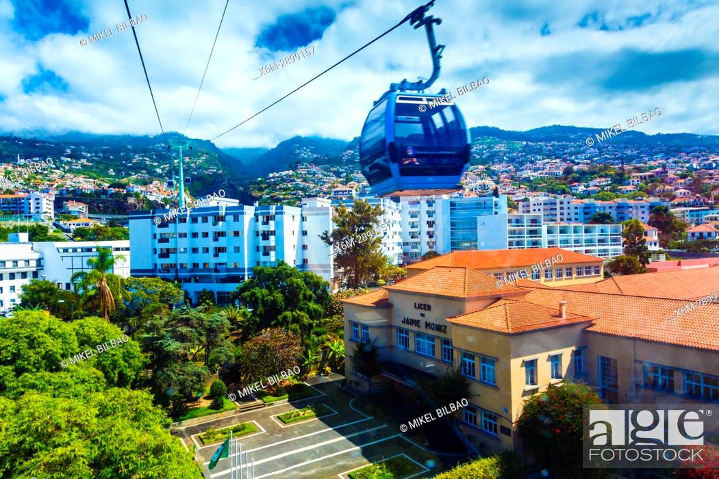 Imagen: Cable Car to Monte. Funchal. Madeira, Portugal, Europe.