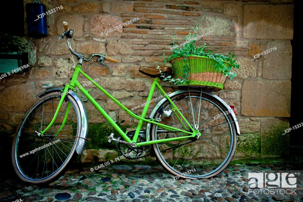 Stock Photo: Bicycle in the old town of Bergerac, Aquitaine, Dordogne, France.
