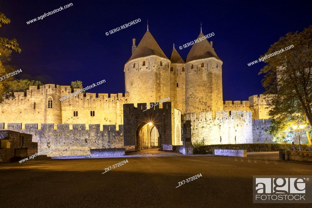 Stock Photo: Fortified City of Carcassonne, medieval city listed as World Heritage by UNESCO, harboure d'Aude, Languedoc-Roussillon Midi Pyrenees Aude France.