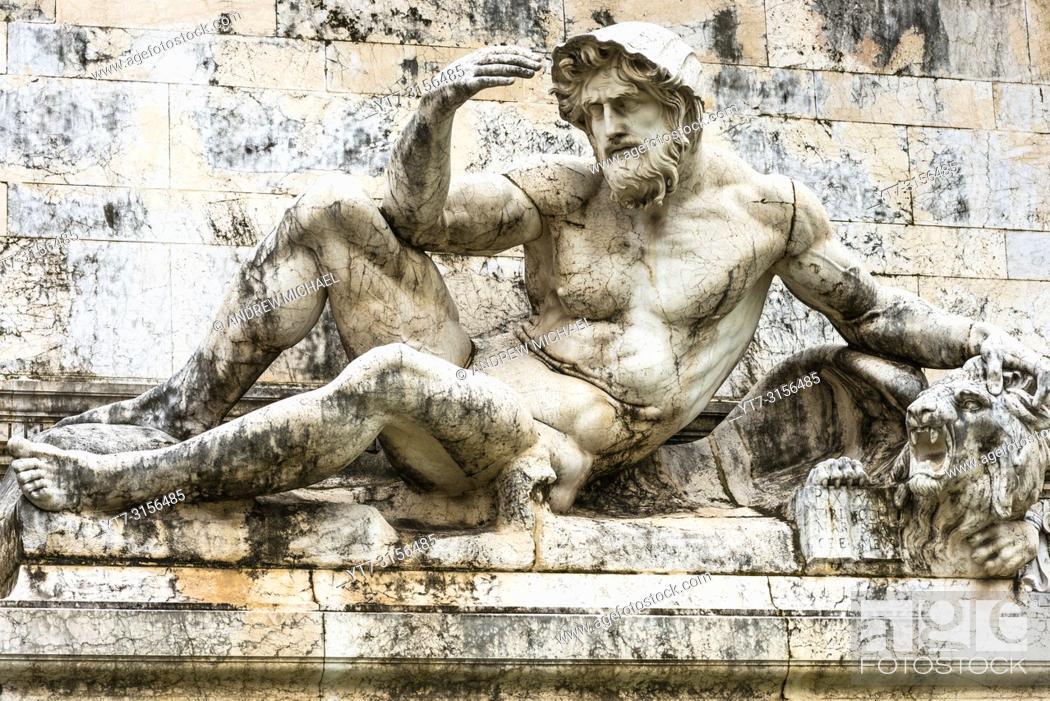 Stock Photo: Fountain of the Adriatic Sea (Fontana dell'Adriatico) at the Monument to Vittorio Emanuele II, Piazza Venezia, Rome, Italy.