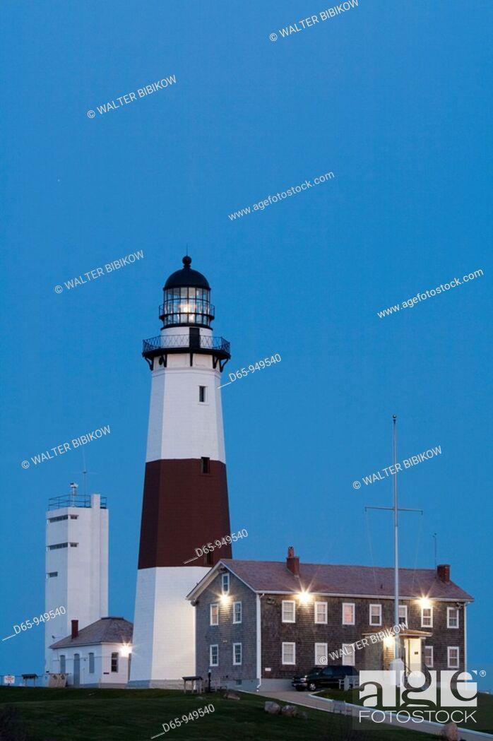 Stock Photo: USA, New York, Long Island, Montauk, Montauk Point LIghthouse, dusk.