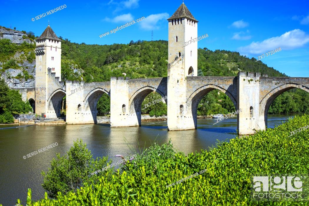 Stock Photo: 14th Century Le Ponte Valentre, medieval bridge and River Lot in Cahors Midi-Pyrenees France.