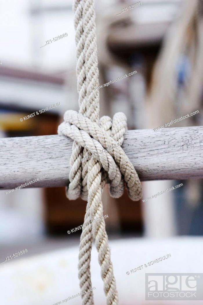 Stock Photo: Ropes on a sailing-ship, harbour, Adriatic Sea. Grado, Regione Autonoma Friuli Venezia Giulia, Italy. Europe.