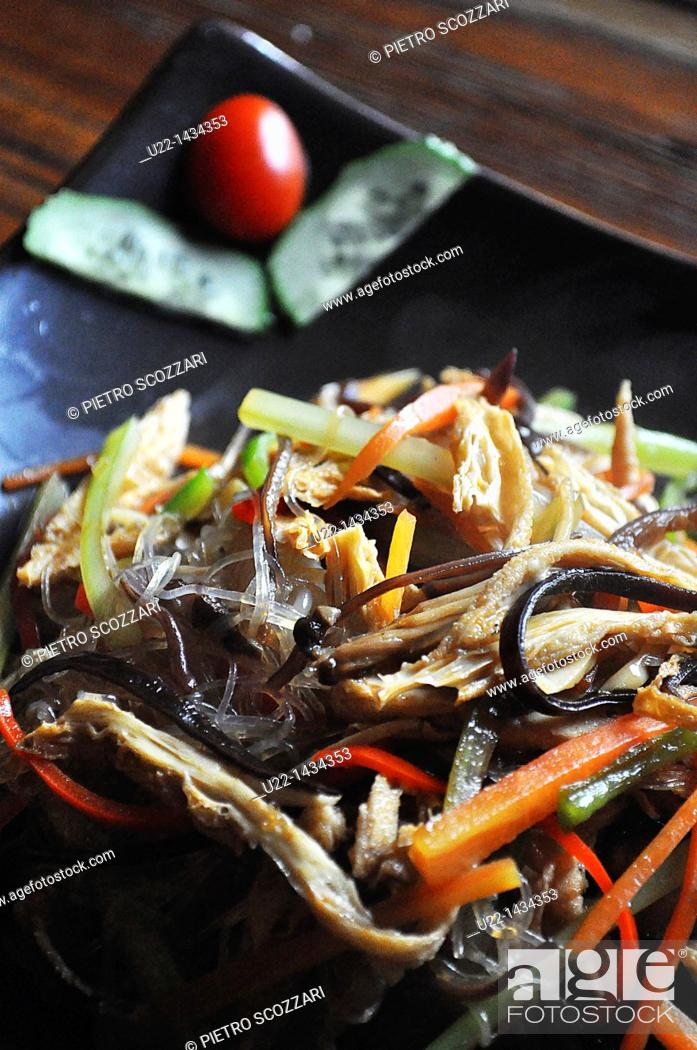 Stock Photo: Yangshou (China): Lo Han Zhai Guilin style (or 'Buddha's delight', 'vegetarian plate for monks', a mix of noodles and veggies) at Pure Lotus restaurant.