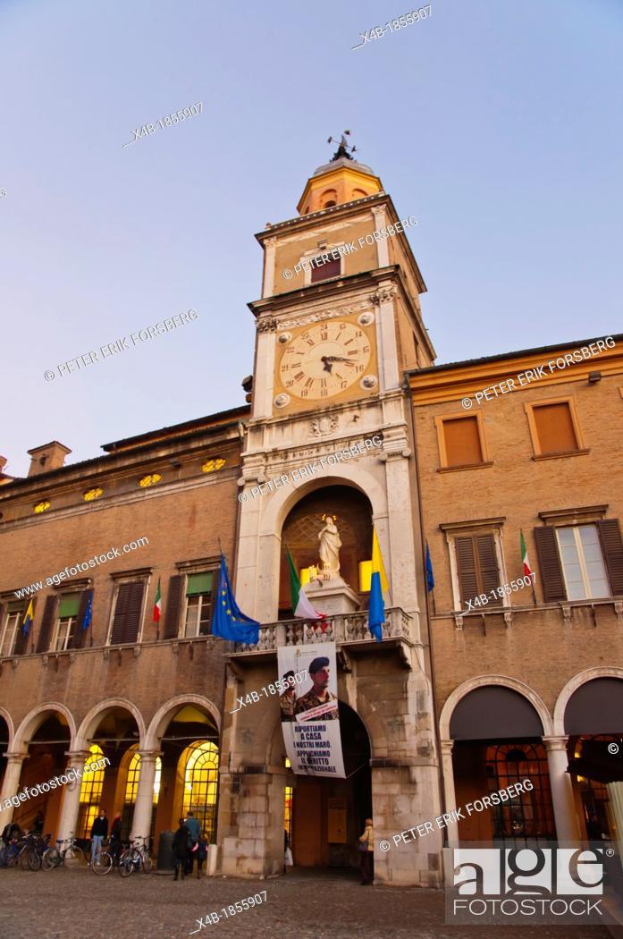 Imagen: Palazzo Comunale at Piazza Grande square central Modena city Emilia-Romagna region central Italy Europe.