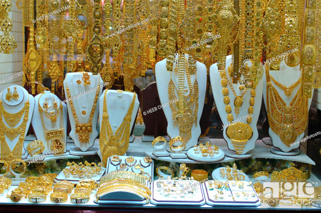 Souk market jewellery in Arabic oriental golden gold shopping