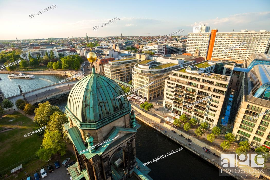 Stock Photo: The Berliner Dom, River Spree, and Hackescher Markt in afternoon.