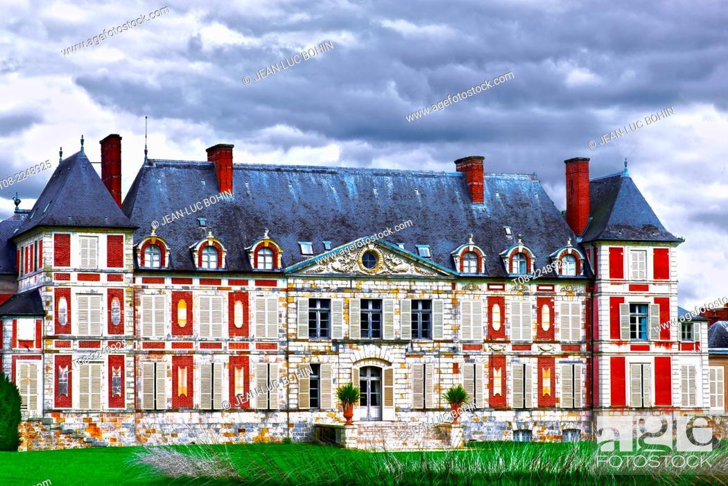 Imagen: france, essonne : courson castle.