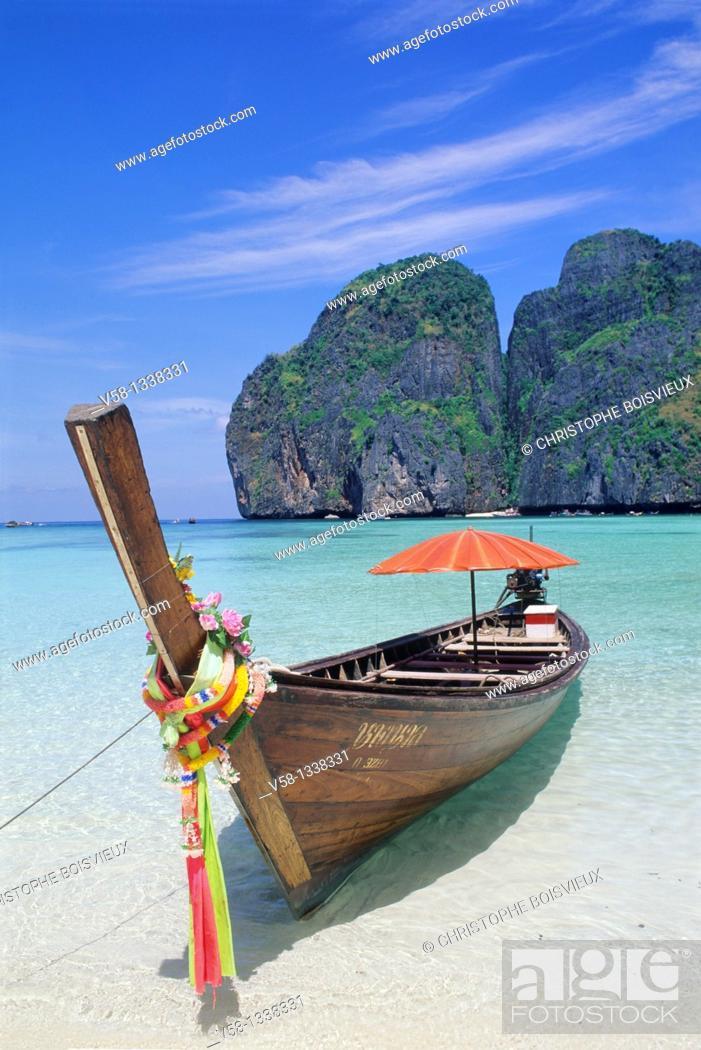 Stock Photo: Ko Phi Phi Leh Beach, Ko Phi Phi Islands, Thailand.