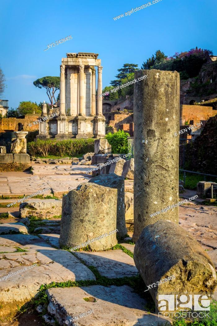Imagen: Rome, Italy. The Roman Forum. Temple of Vesta.