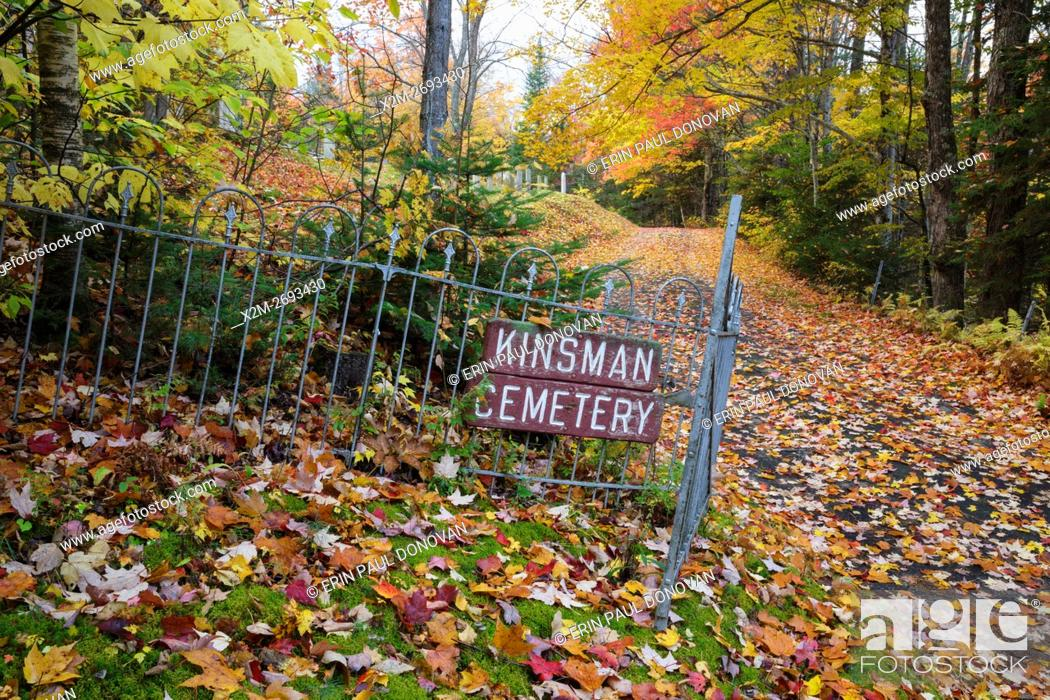Stock Photo: Kinsman Cemetery in Easton, New Hampshire USA during the autumn months.