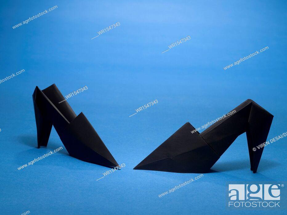 Imagen: origami shoes India Asia.