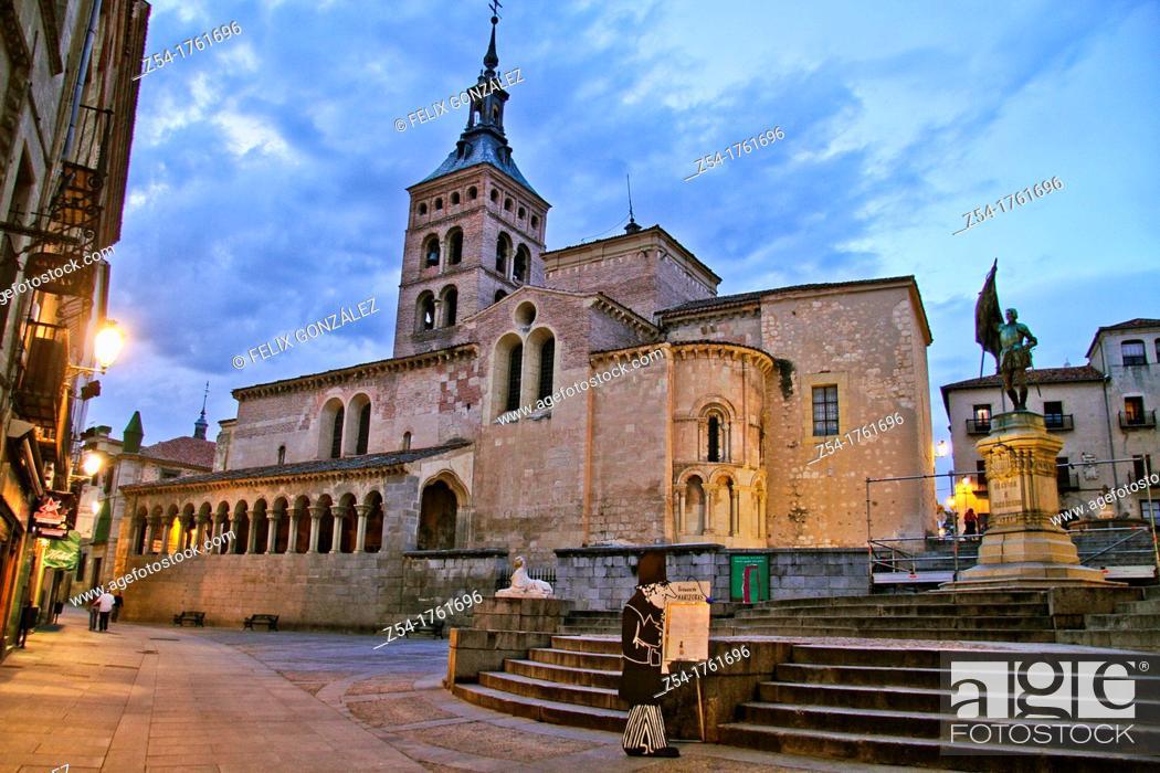 Stock Photo: Plaza de San Martin and San Martin Church, Segovia, Castile La Mancha, Spain.