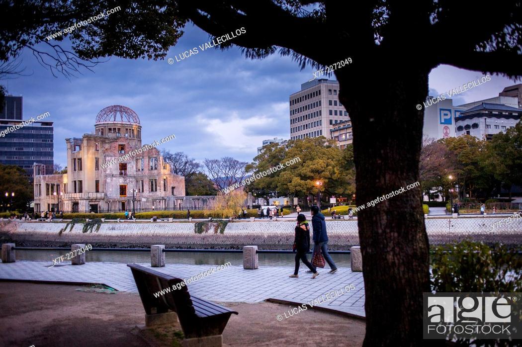 Stock Photo: Atomic Bomb Dome (Gembaku) and Motoyasugawa river, Peace Park, Hiroshima, Japan.