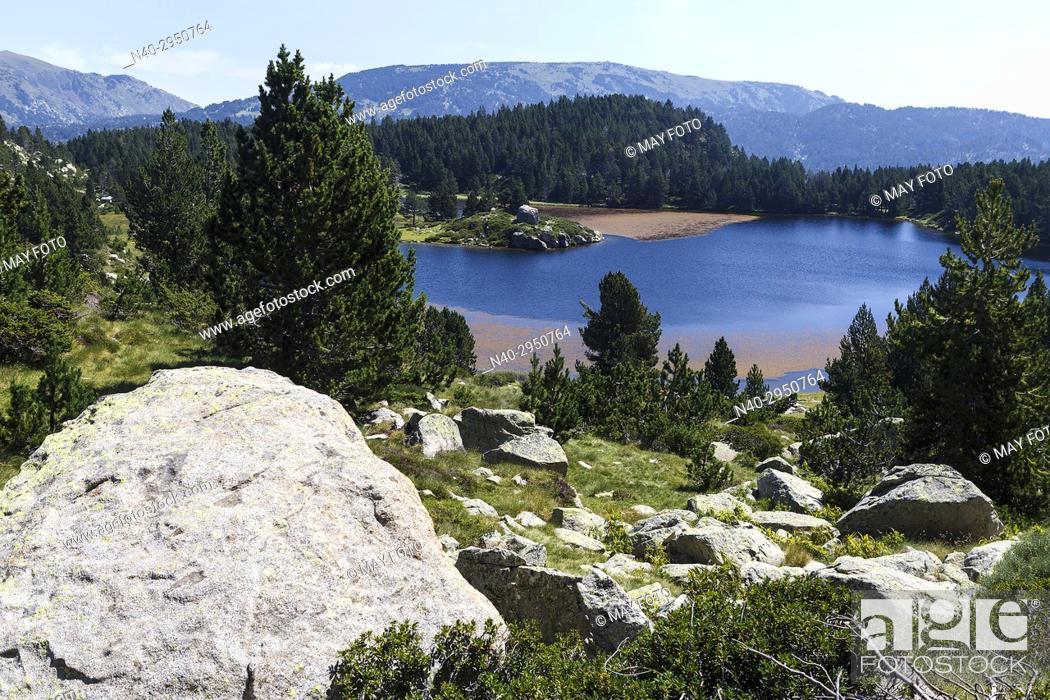 Stock Photo: Lac des Bouillouses, Font Romeu, Tet river, Carlit lakes, France, Europe.
