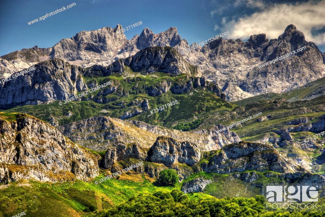 Stock Photo: Western Massif of Picos de Europa from Ponga Conceil. Asturias. Spain.