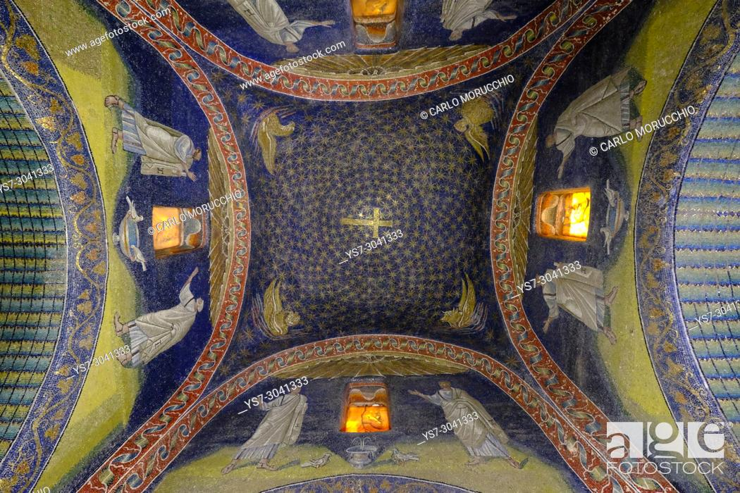 Stock Photo: Mausoleum of Galla Placidia, Ravenna, Italy, Europe.