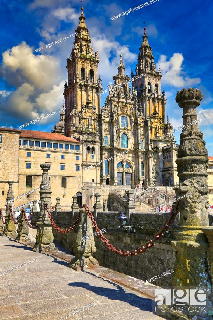 Stock Photo: Cathedral from the Parador Hostal Reyes Catolicos, Praza do Obradoiro, Santiago de Compostela, A Coruña province, Galicia, Spain.