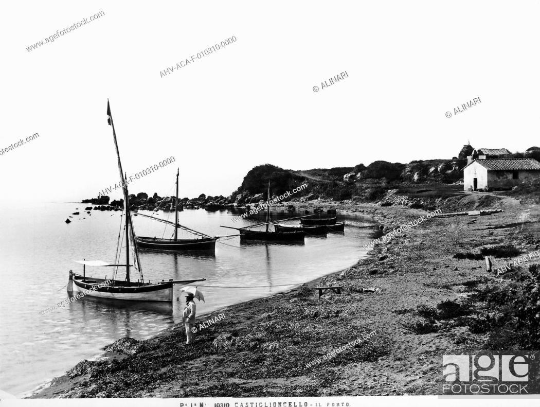 Stock Photo: Port of Castiglioncello, shot 1900 ca. by Alinari, Fratelli.