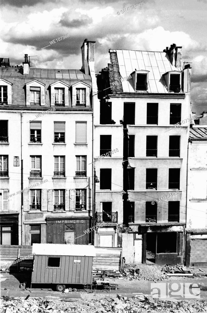 Stock Photo: Demolished buildings in Paris, France.