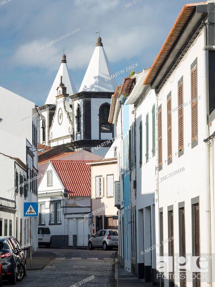 Imagen: Church Igreja de Nossa Senhora das Angustias. Horta, the main town on Faial. Faial Island, an island in the Azores (Ilhas dos Acores) in the Atlantic ocean.
