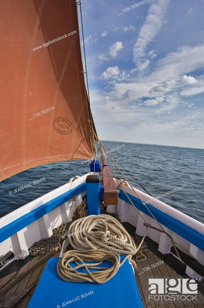 Stock Photo: Brittany; belle île island : old rigs.