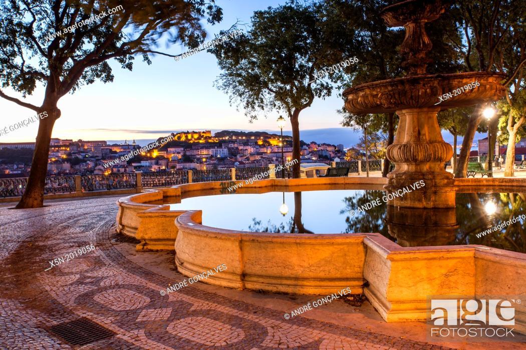 Stock Photo: Miradouro de Sao Pedro de Alcantara, Lisbon, Portugal, Europe.