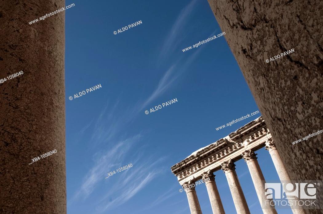 Stock Photo: Temple of Jupiter, archaeological Roman site, Baalbek, Bekaa Valley, Lebanon.
