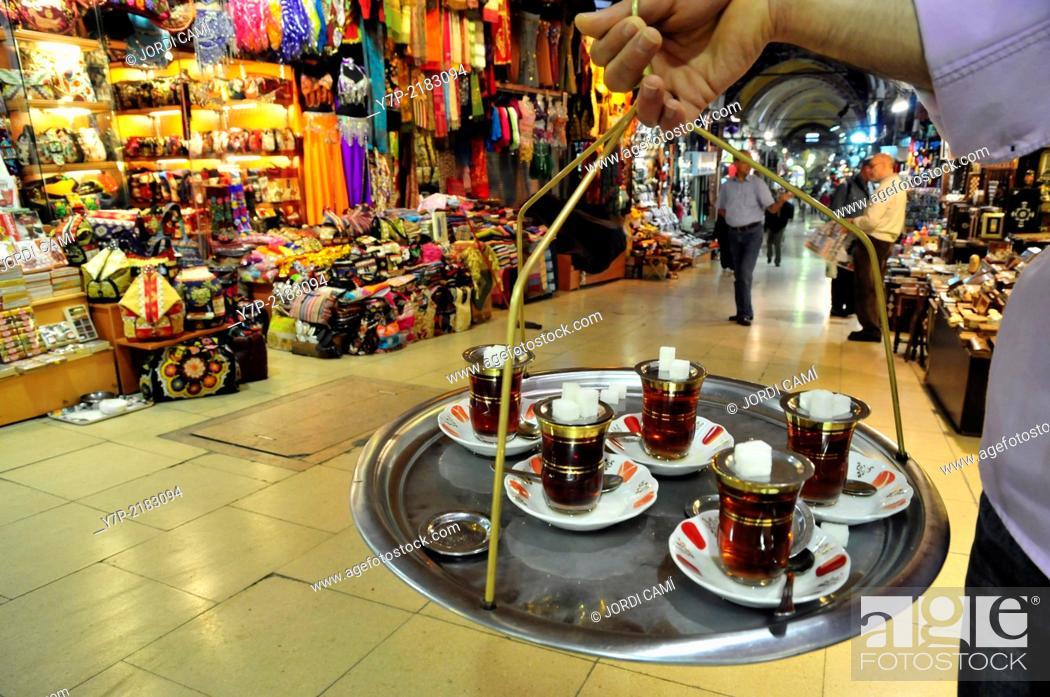 Stock Photo: Tea seller. Grand Bazaar. Istanbul. Turkey.