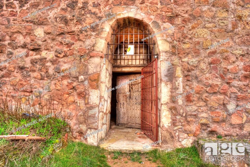 Stock Photo: Door, Abandoned castrle, Riba de Santiuste , Guadalajara, Spain.