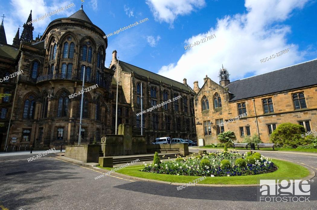 Stock Photo: University, visitor center, Glasgow, Scotland.