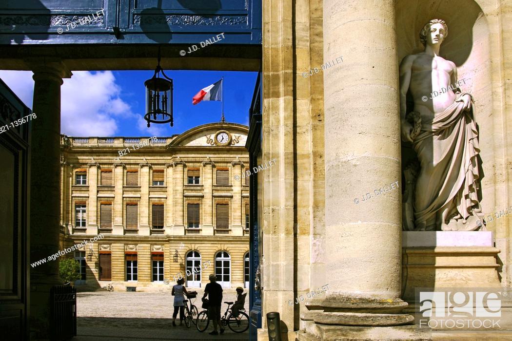 Stock Photo: Palais Rohan (Town Hall), Bordeaux, Gironde, Aquitaine, France.