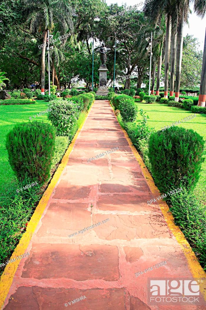 Stock Photo: Lokmanya Balgangadhar Tilak Udyan park ; G. B. Pant Chowk ;  Girgaon ; Chowpatty