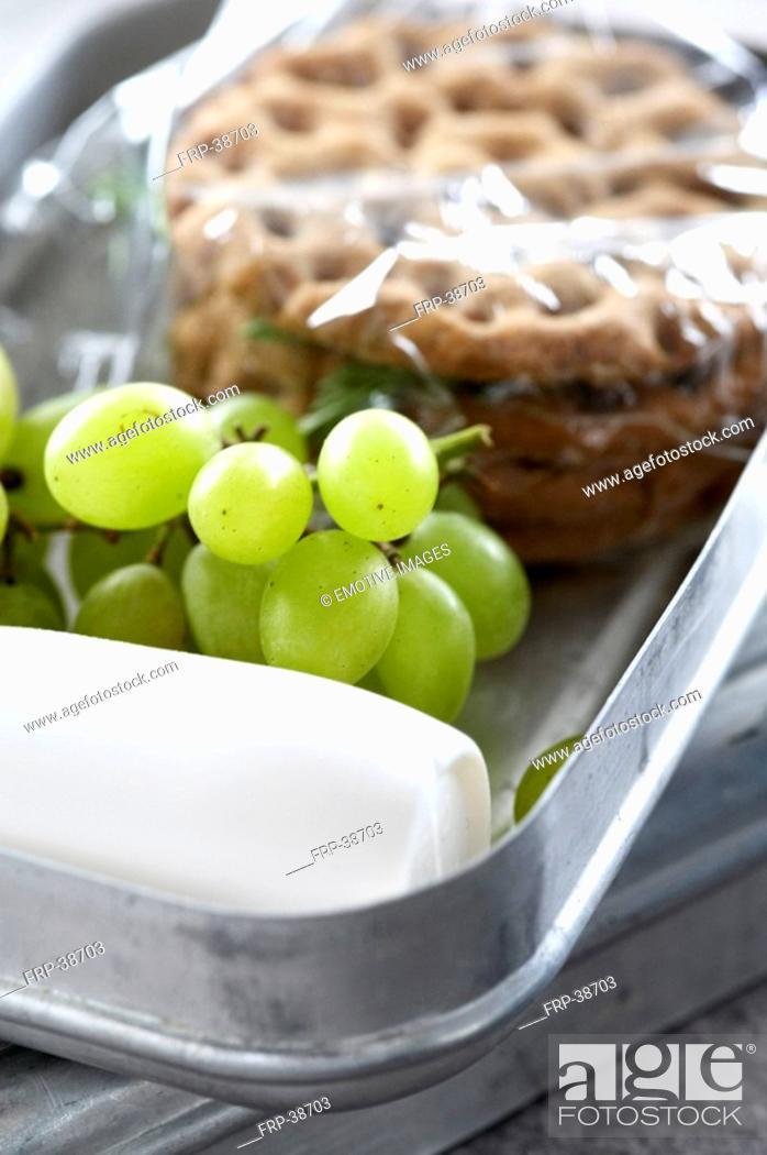 Stock Photo: Lunchbox.