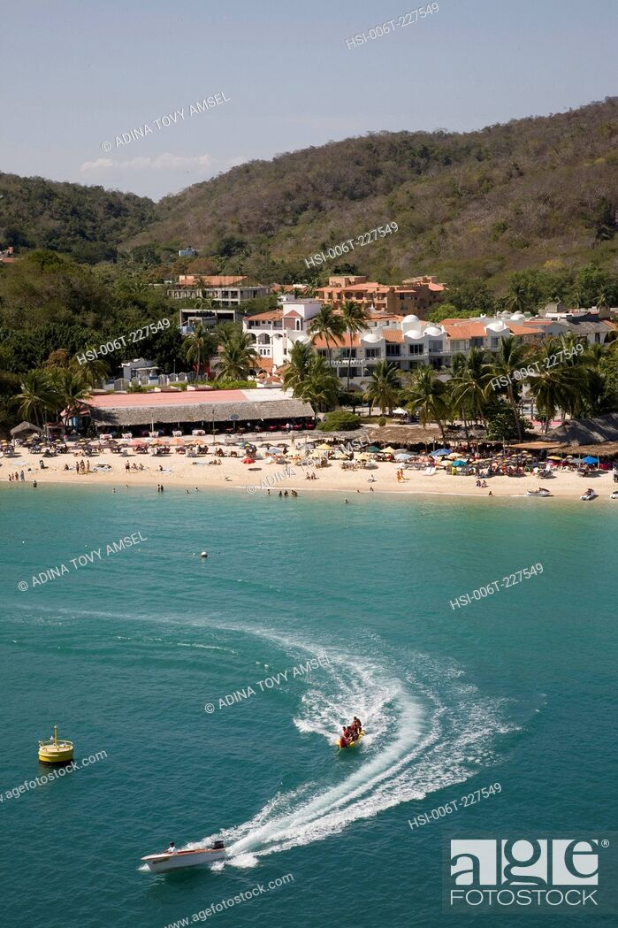 Stock Photo: View of Huatulco beach resort. Mexico.