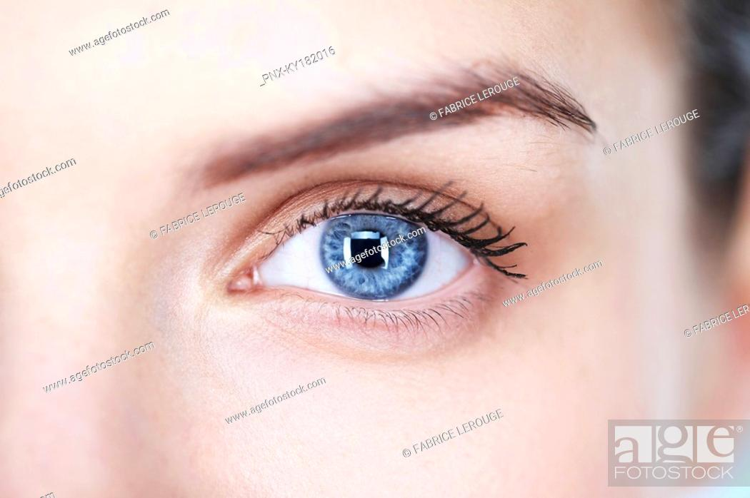 Stock Photo: Close-up of woman's eye.
