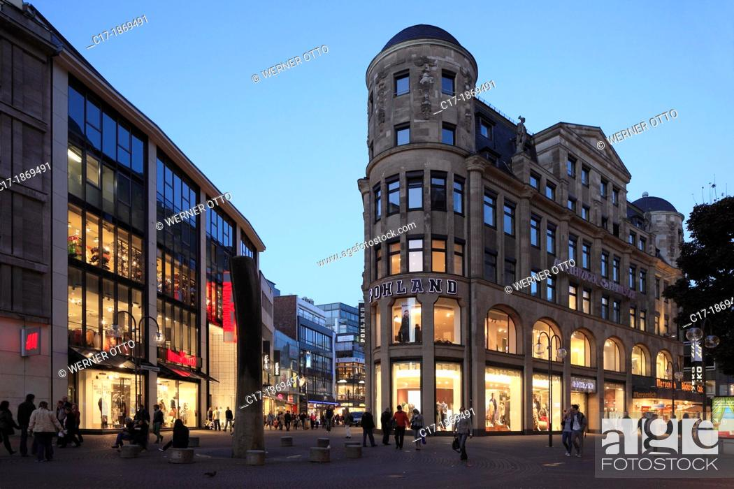 Stock Photo: Germany, Cologne, Rhine, Rhineland, North Rhine-Westphalia, NRW, midtown, Schildergasse, Guerzenichstrasse, shopping street, pedestrian mall, department store.
