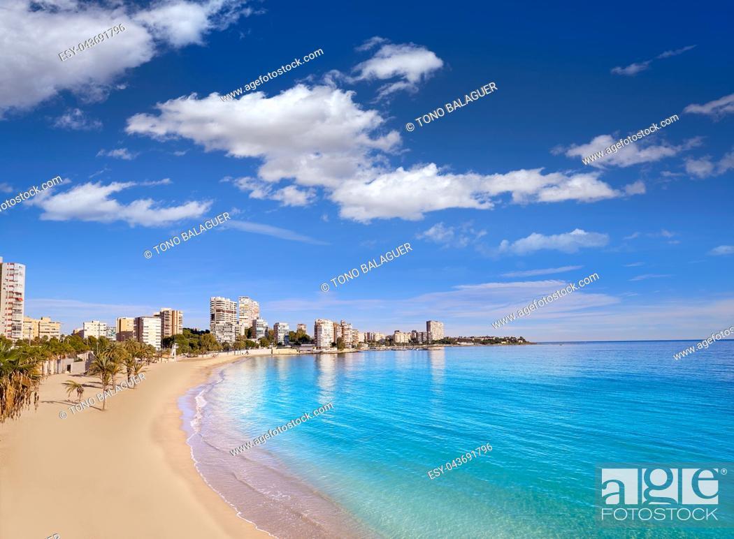 Imagen: Albufereta beach of Alicante in Costa Blanca of Spain.