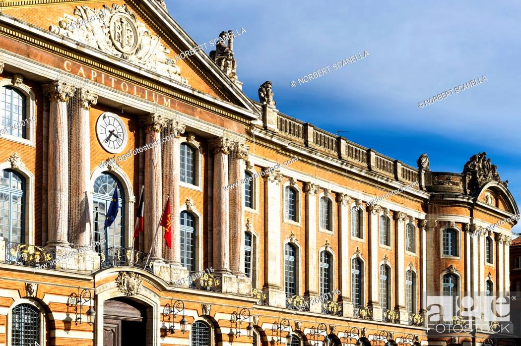 Stock Photo: Europe. France. Midi-Pyrenees. Toulouse. The famous Capitole place. Facade of Twon Hall.