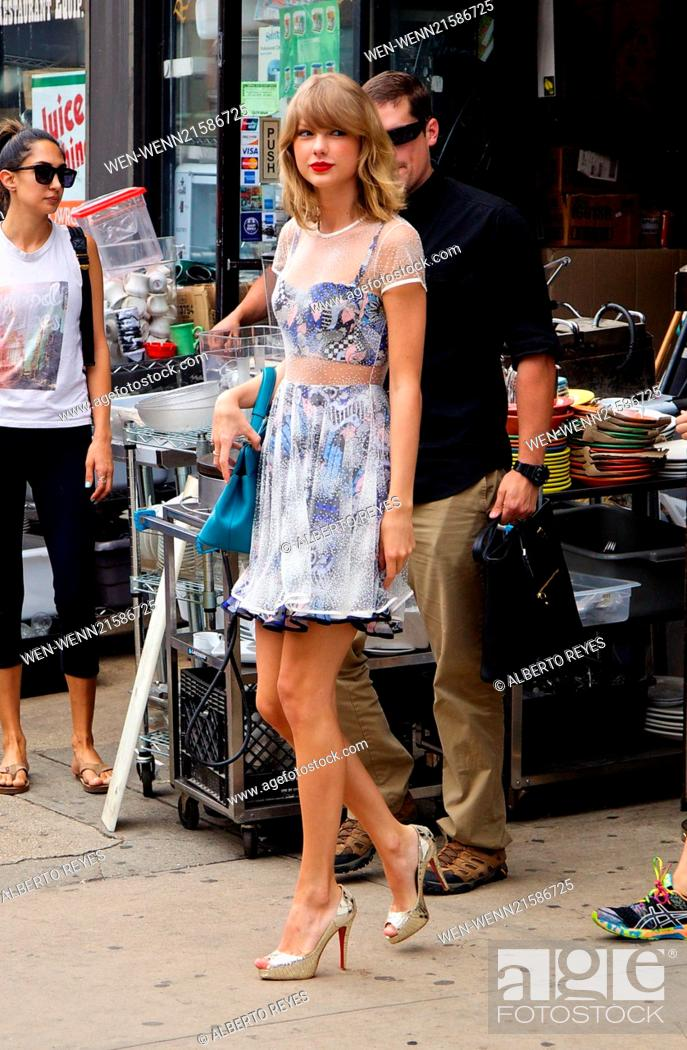Taylor Swift Spotted Outside Her Gym In The East Village In New York City Featuring Taylor Swift Stock Photo Picture And Rights Managed Image Pic Wen Wenn21586725 Agefotostock