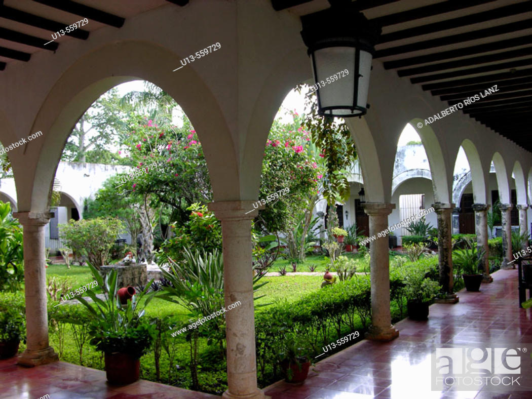 Stock Photo: Hacienda Blanca Flor, near Campeche. Nowadays, it is a hotel. Mexico.