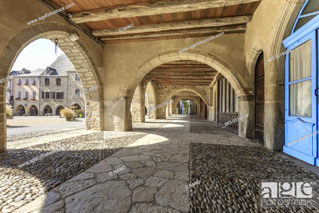 Stock Photo: France, Aveyron, Sauveterre de Rouergue, labelled Les Plus Beaux Villages de France (The Most Beautiful Villages of France).