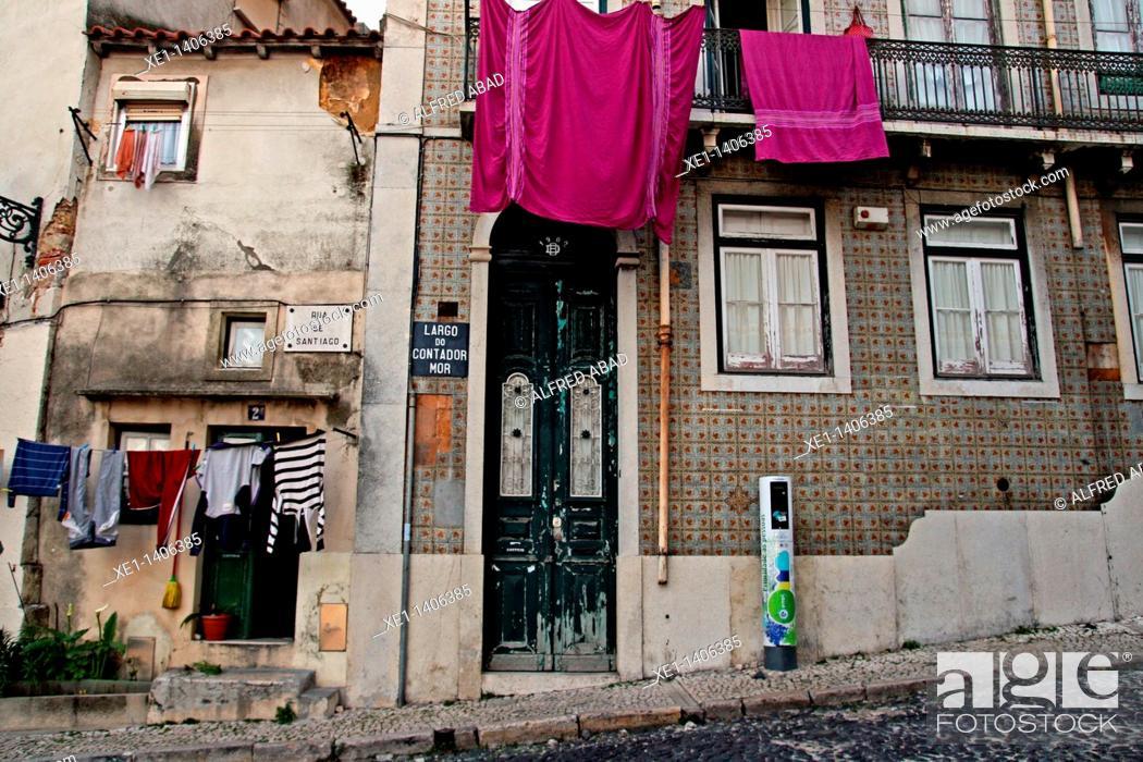 Stock Photo: Housing, Lisbon, Portugal.