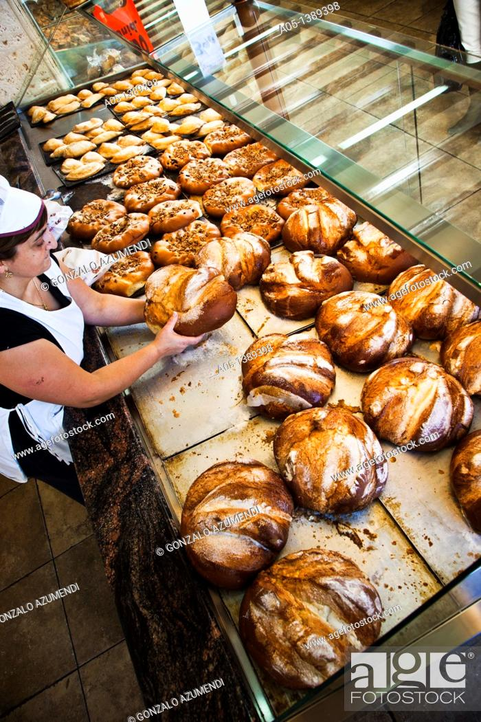 Stock Photo: Panquemado sweet bread, La Beata Ines, cake shop, patisserie Cullera, Albufera of Valencia Natural Park, Valencia, Comunidad Valenciana, Spain.