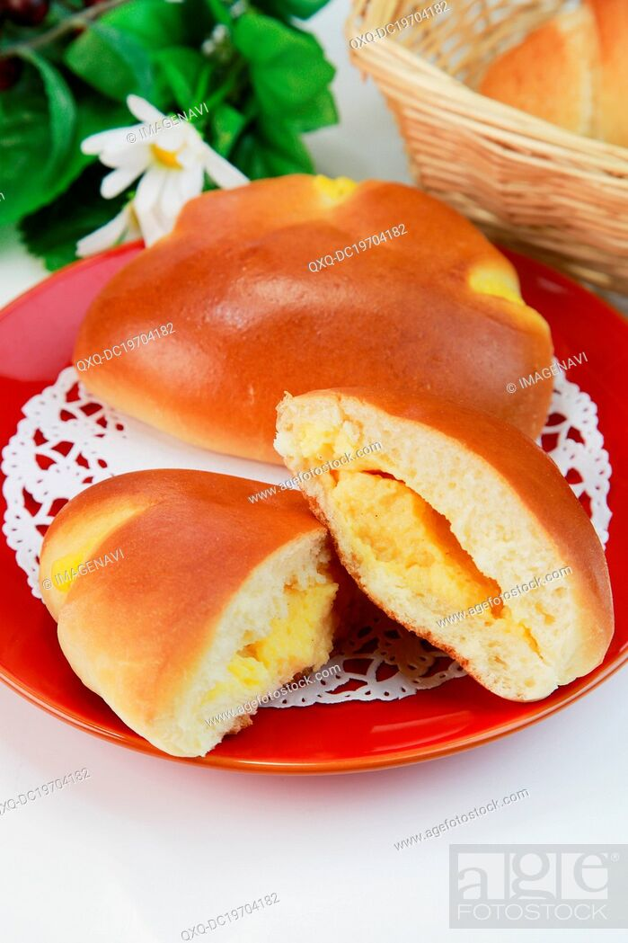 Imagen: Cream Filled Bread.