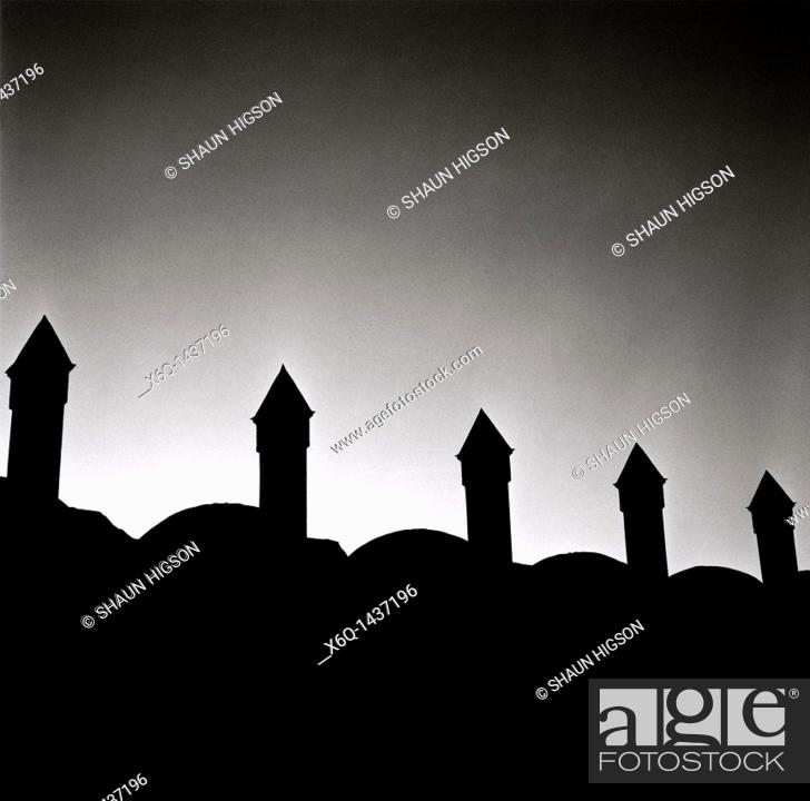 Imagen: The minarets of the Blue Mosque in Istanbul in Turkey in the Middle East.