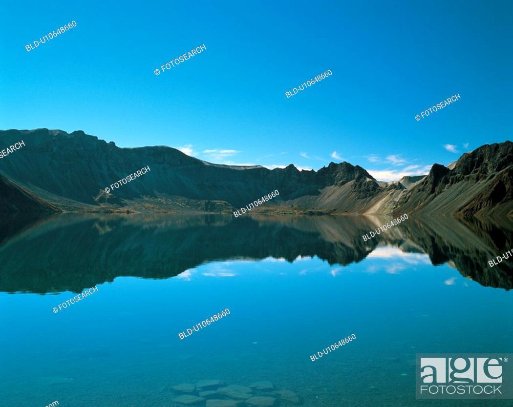Stock Photo: reflection, mountain, lake, scenic, natural world, river.