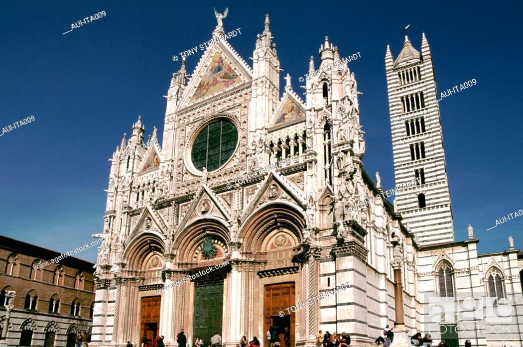 Stock Photo: Italy - Tuscany - Siena - Duomo.